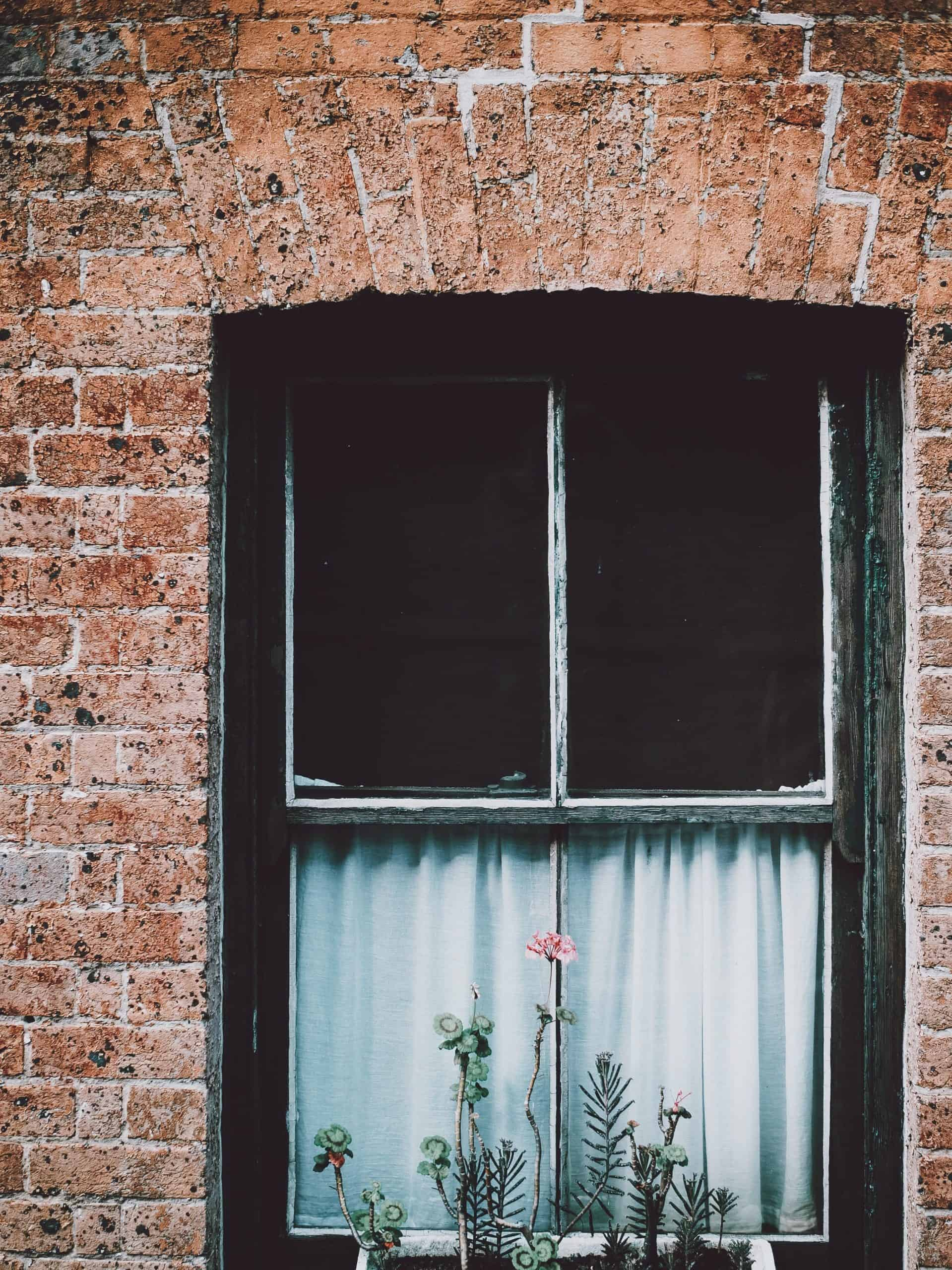 Window Installation for Brick Houses: How to Replace and Upgrade Your Windows